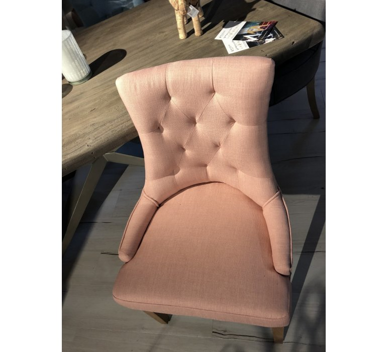 Chaise capitonnée tissu rose style charme CONSTANCE