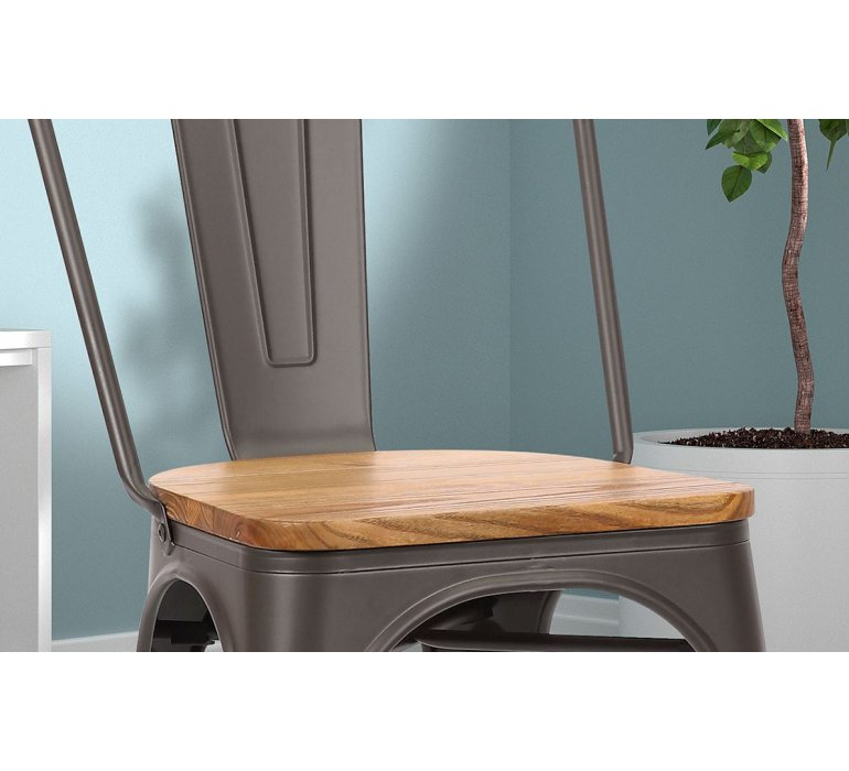 Chaise en metal industrielle avec assise en bois clair RETRO